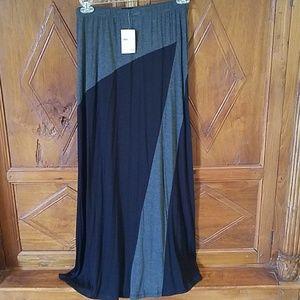 bobeau NWT Black and Gray Maxi Skirt
